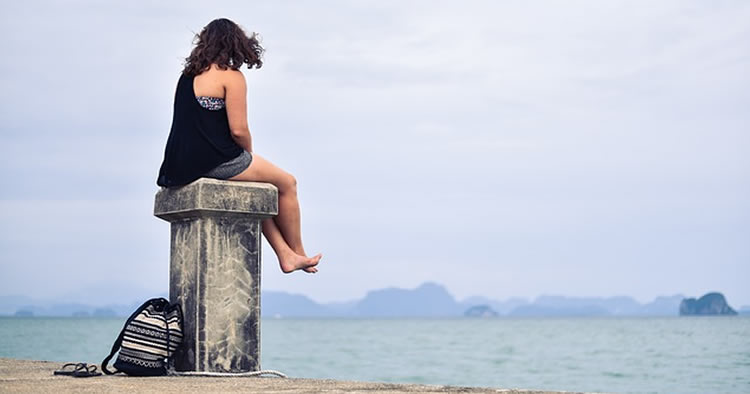 5 reasons you aren't fitting in and why it's OK